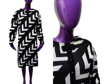 "Roos Atkins 60s Mod Sweater Dress Size L Op Art Black and White Zigzag B 40"" Vintage  60s"
