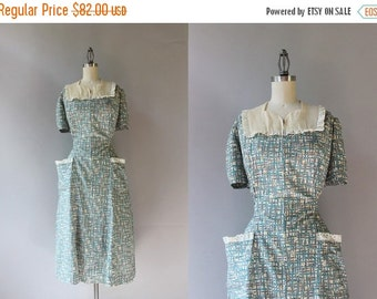 STOREWIDE SALE 1940s Dress / Vintage 40s Eyelet Trimmed Cotton Dress / 40s Dotted Swiss and Floral Patch Pocket Dress