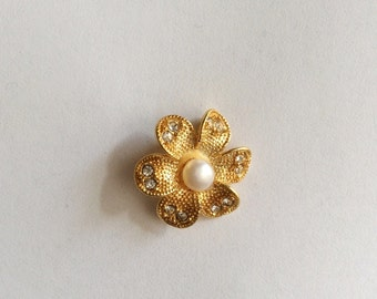 1pc- Matte Gold Plated Authentic Flower charm with clear swarovski and pearl-24x24mm-(018-063GP)