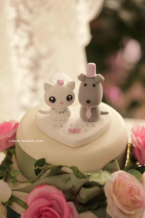 wedding cake toppers with dog and cat cat and wedding cake topper 26630