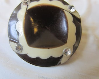 Vintage Button - 1 beautiful large, Art Deco unique pattern brown/ cream celluloid with rhinestones,(lot  oct 39b)