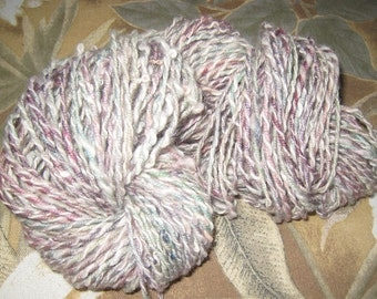 Handspun Merino Wool, Hand Dyed Knitting Yarn, Unique alpaca and Wool Art Yarn, Warm and Wooly Pastel Dyed Dusty Rose Colors, Handspun Dyed