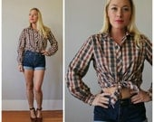 1980s Townhouse Plaid Blouse >>> Size Small to Medium
