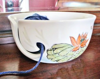 Ceramic Yarn bowl, knitting bowl, yarn organizor with flower, waterlily gift for knitter - In stock