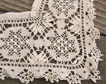 Antique Bedfordshire Bobbin Lace, Square Doily Trim,  white cotton handmade vintage