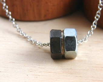 Choker Pendant Necklace Industrial Hardware Jewelry and Eco Friendly