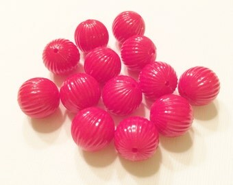 Vintage Lucite Red Ribbed Round Beads 14mm