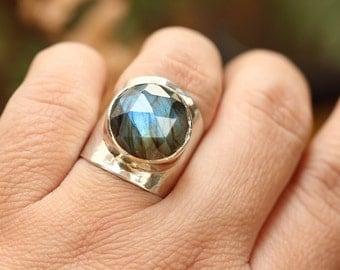 Statement Ring - Labradorite Ring -Artisan ring - OOAK Custom ring - Gemstone ring - Bezel ring - Gift for her