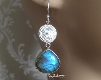 Labradorite earrings - Dangle earrings - Bezel set earrings -  Gemstone earrings -Sterling Silver earrings- Jewelry gift ideas