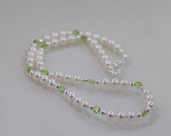 Gemstone & Swarovski Pearl Jewelry - Faceted Peridot and Sterling Silver Necklace
