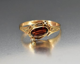 Antique Garnet Engagement Ring, Antique Victorian Garnet Ring, Gold Pearl Ring, Alternative Engagement Promise Ring Stacking Birthstone Ring