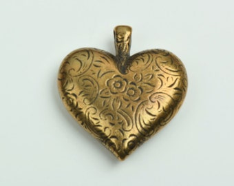 Heart Pendant, 2 sided, puffed ,engraved design, package of 3, 09559AG