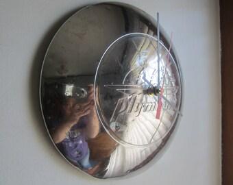 1946-8 Plymouth Hubcap Clock no.2516