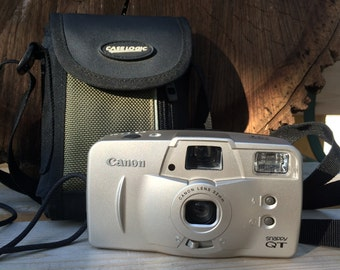Canon Snappy QT 35mm film Point and Shoot camera