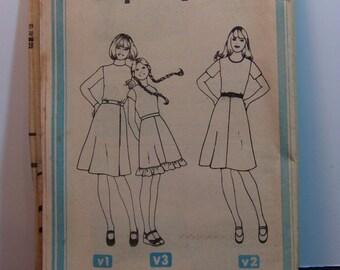 Vintage 70s Simplicity 7870 Girls Retro Skirt Sewing Patterns