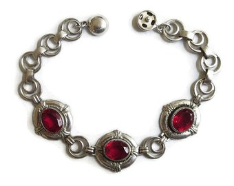 Art Deco style Red Rhinestones Bracelet with Silver Tone Links Vintage