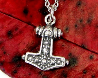 Ladies Mjolnir Necklace Solid Sterling Silver Thors Hammer in Solid Sterling Silver Hobnail Design 499
