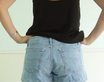 extra 30% off SALE ... 90s PARIS BLUES Light Medium Blue Denim Shorts with Frayed Top Edge - Small S