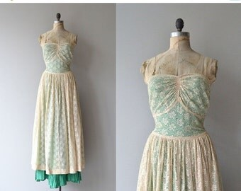 25% OFF.... Farewell Year dress | vintage 1930s dress | lace 30s dress
