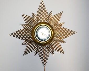 Vintage Atomic Mid Century Mod Starburst Clock and Light