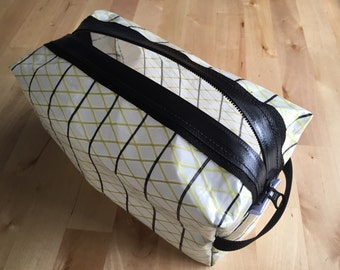 Racing Sailcloth Dopp Kit, Cosmetics Case