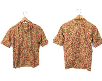 Floral Cropped 50s Shirt Flower Printed Top 1950s Short Sleeve Tshirt Button Up Blouse Red Olive Green Crop Top Small Louannes Vintage