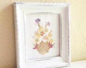 Shabby Chic White Picture Frame Dried Flower Wall Hanging - Low shipping