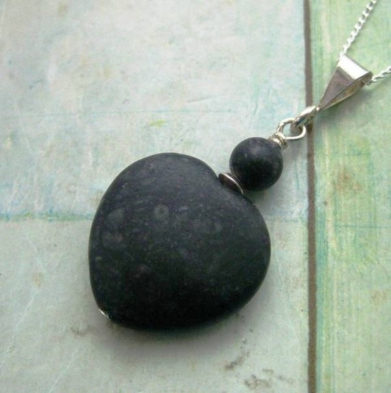 https://www.etsy.com/ie/listing/479246107/kilkenny-marble-heart-pendant-black
