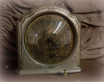 Vintage Deco Clock made by WESTCLOX Model 61-C