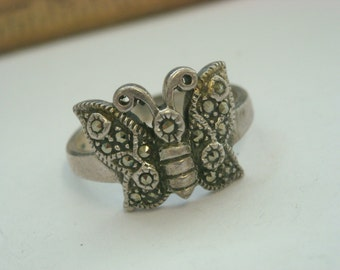 sterling silver marcasite butterfly ring  ( B 50 )