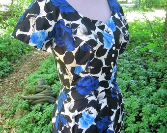1950's Wiggle Dress Alix of Miami Black Royal Blue & White Floral Tropical Print Built in Bra Back Metal Zipper Stunning Mid Century Style
