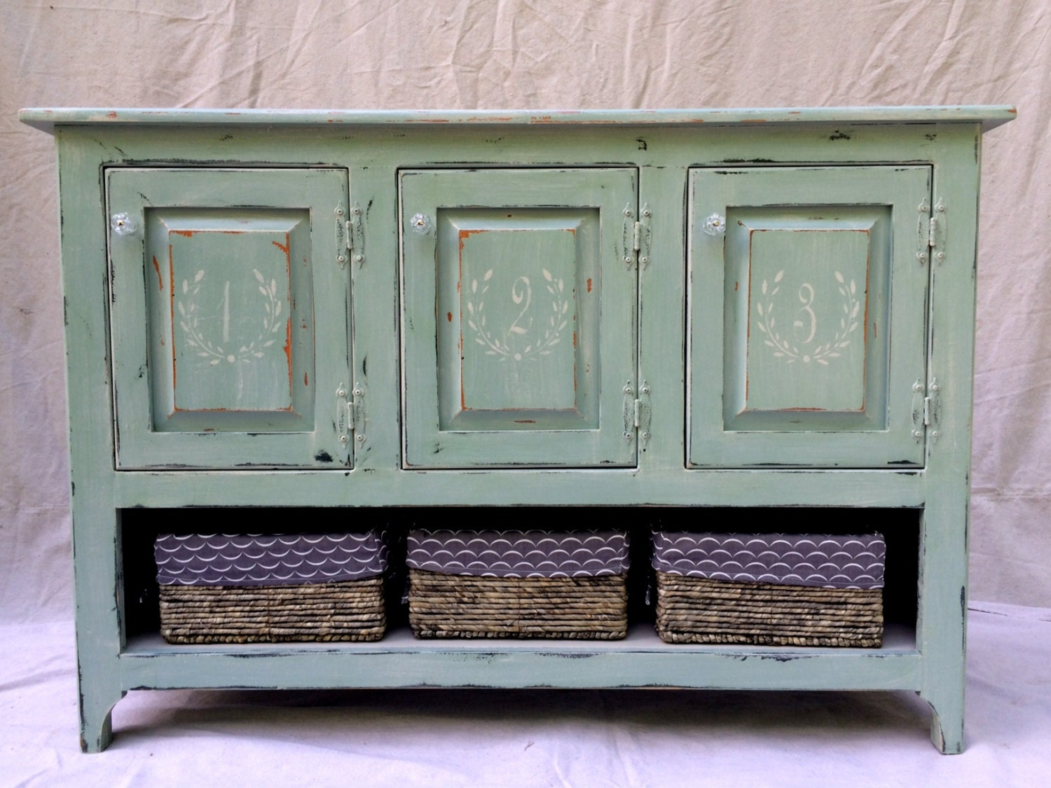 sold sideboard buffet chalk painted with french stencils. Black Bedroom Furniture Sets. Home Design Ideas