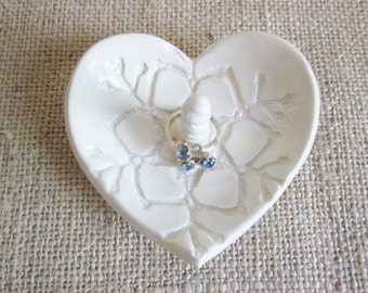 Antique white  Heart ring holder, bridesmaid gift, bff gift