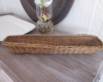 Antique vintage large sturdy French bread basket for baguettes
