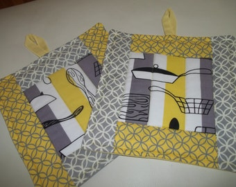 Pot Holder Set of 2 Retro Kitchen Gray & Yellow