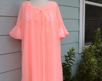 Vintage 1960s Lingerie Night Set with Robe Peach Orange