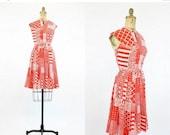 SALE 60s Dress Small / 1960s Vintage Dress Op Art Print / Sunsets on the Beach Dress