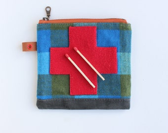 BOB JONES ---x--- Boy 'Boo Boo' - unique little appliquéd waxed canvas pouch for your camping first aid supplies
