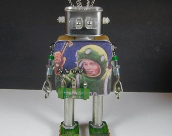 FOSSIL 2  Found Object  Robot Sculpture Assemblage