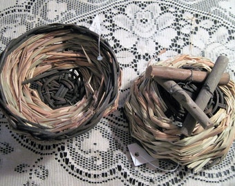 Woven Straw Round Basket Manger Bird Nest