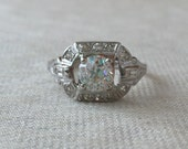 1940s Vintage Diamond Engagement Platinum Ring with 1.24 carats