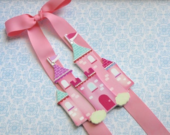 Pink Princess Castle Double-Strand Bowholder
