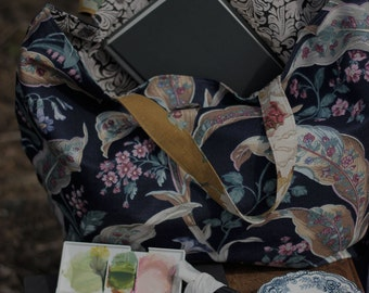 CHARLESTON . Meandering Bag from The Linen Garden Studio