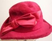 Vintage Red Fur Felt Designer JEAN Women's Hat