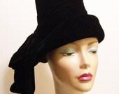 Vintage Designer FRANCES 1970's Black Velvet Mod Women's Hat