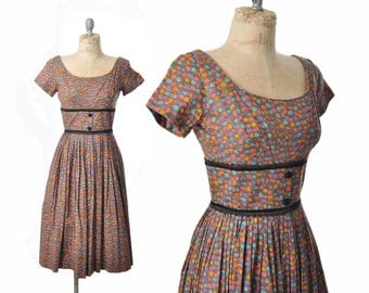 vintage 50s dress / brown floral dress / 1950s dress .. xs