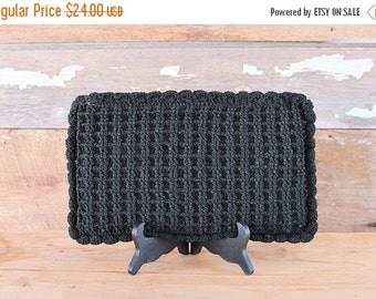 SALE 1940s handbag / black crochet clutch purse / 40s crochet handbag