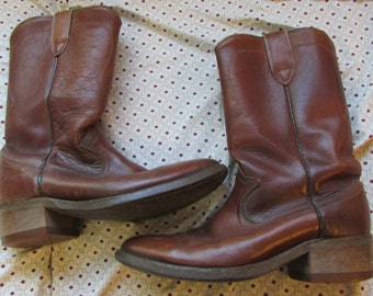 vintage brown leather cowboy boots mens 7 Americana hipster rockabilly western