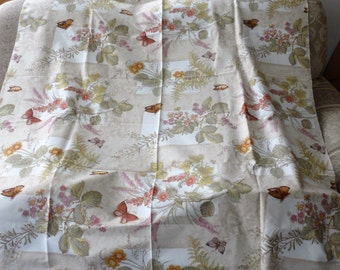 STUDIO ORIGINAL 100 Percent Cotton Fabric/Designed for R.E.D./Lovely Floral with Butterfly's/1990's Fabric