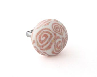 Seashell Ring - SALE - Unique Ring for Women - Statement Ring - Pink Ring - Seashell Jewelry - Beach Ring - Gift for Mom - Gift for Her